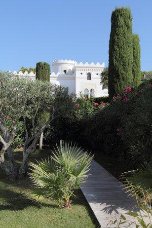Le jardin et la villa bild fr n la villa mauresque for Les jardins de la villa paris tripadvisor