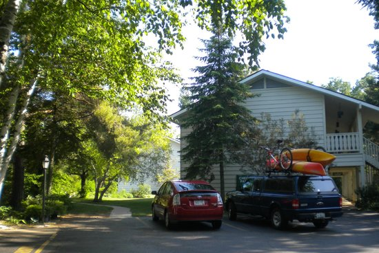 Bring your bikes and kayaks near we 39 re near the state for Parkwood lodge fish creek wi