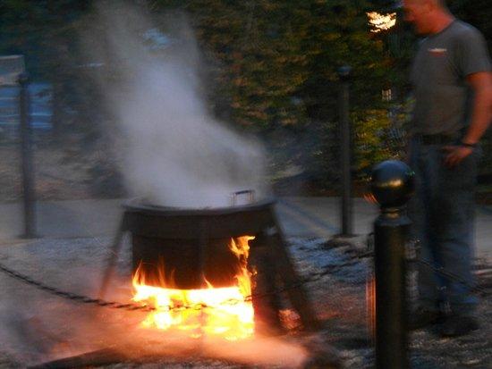 Fish Boil Boil Over Picture Of Pelletier 39 S Restaurant