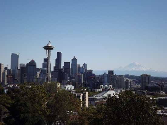 Kerry Park: View of Seattle and Mount Rainier on 9/11/14 the Space Needle flag is half staff