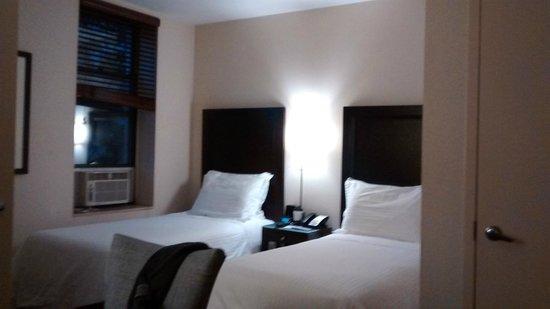 Washington Jefferson Hotel: Habitación