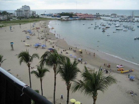Playa Las Salinas - Marina Club in distance