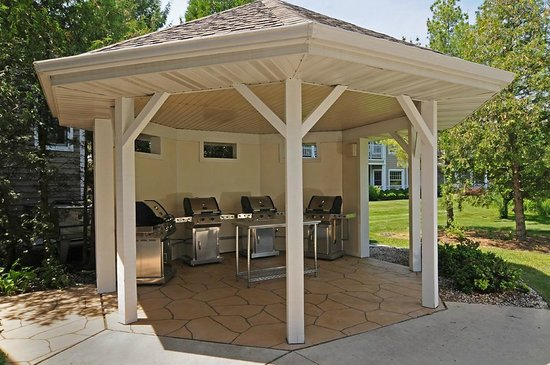 Egg Harbor, Wisconsin: Grilling area