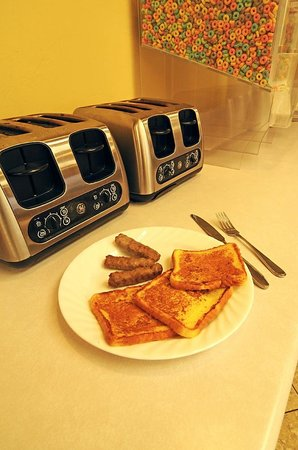 Egg Harbor, Wisconsin: hot breakfast items daily