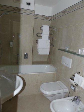 BEST WESTERN Atlantic Hotel: Bathroom