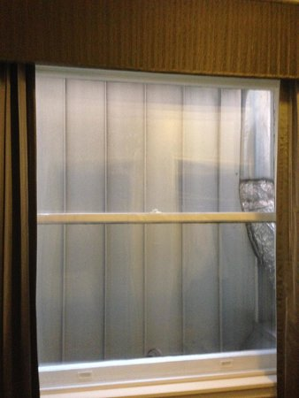 Embassy Suites by Hilton Portland - Downtown: Right Window
