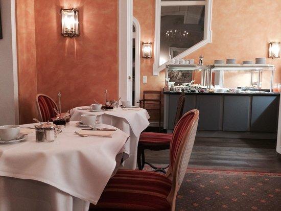 Hotel Splendid-Dollmann: Breakfast Room