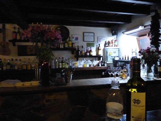 Restaurante El Hidalgo: The bar at El Hidalgo