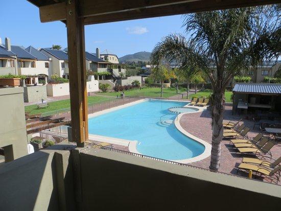 Devonvale Golf & Wine Estate: Pool