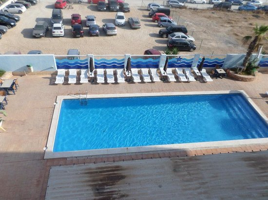 Apartments Blue Star : View of one of the pools from room 302