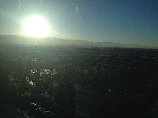 Crowne Plaza San Jose - Silicon Valley : sunrise