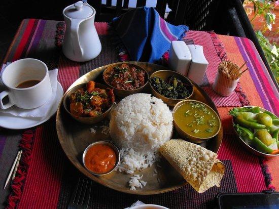 Hotel Encounter Nepal: Dal Bhat