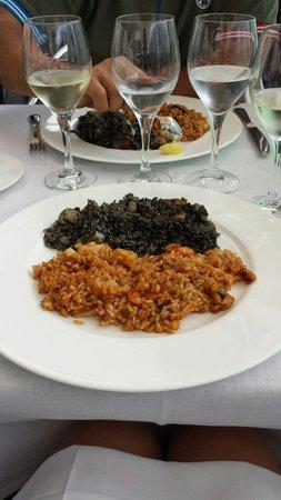 Merendero de la Mari : Paella al nero di seppia...uhmm Paella solo di pesce...doppia libidine...