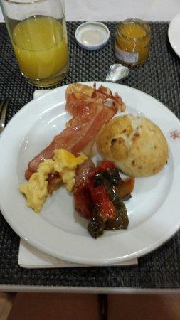 Catalonia Mikado Hotel: Che colazione squisita...