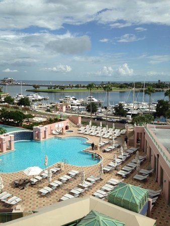 The Vinoy Renaissance St. Petersburg Resort & Golf Club: Harbor and pool view from 5th floor