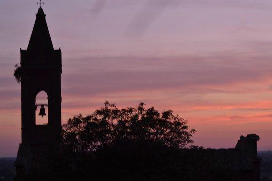 Il Molendino B&B : Sunset behind Monastery spire