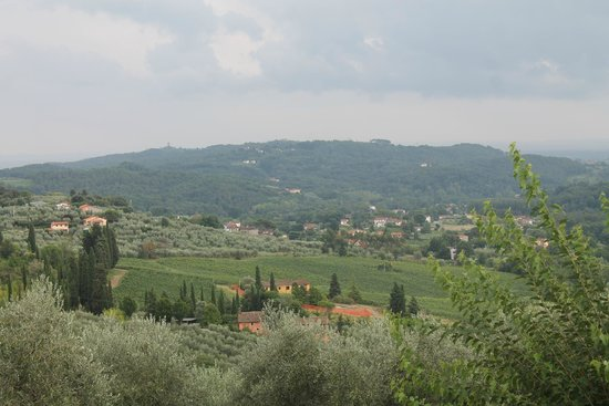 Tuscany Taste Tour : view from our wine tasting lunch