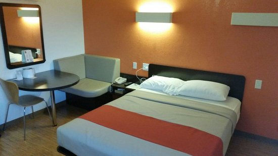 """Motel 6 Idaho Falls: Cozy work space and big enough to stay for the night. Not a huge fan of the faux """"bamboo"""" floori"""