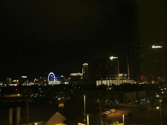 Las Vegas Marriott: Night view