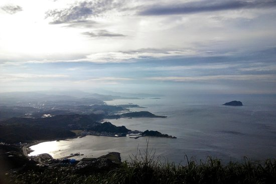 Jilong Mountain Hiking Trail