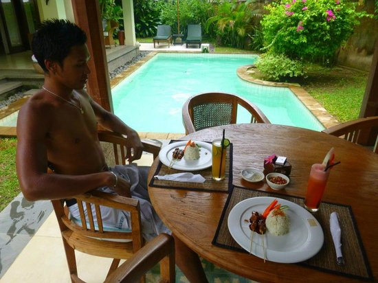 kaMAYA Resort and Villas: villa pool