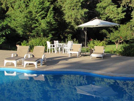 Solares De Vinuela Chalets & Suites