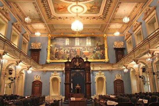 Parliament Building (Hotel du Parlement) : The gorgeous blue chamber
