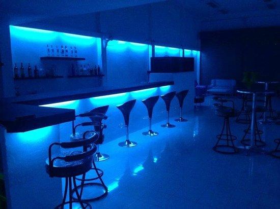 Kandi Lounge