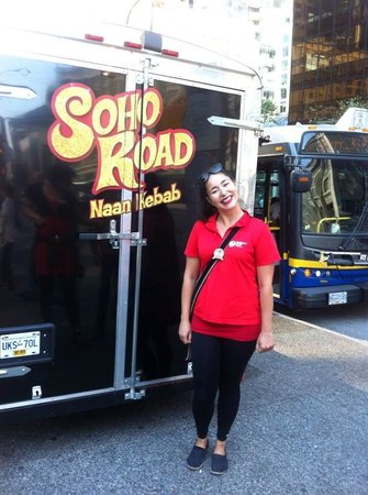 Vancouver Foodie Tours: Manny: Singing Tour Guide Extraordinaire.