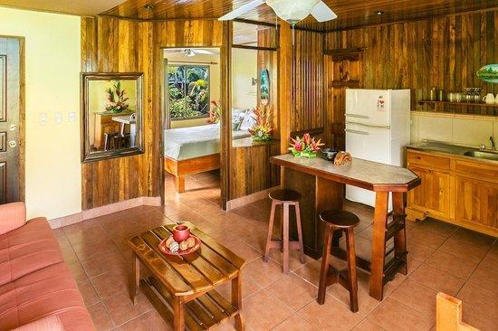 Villas Oasis: The Hideaway