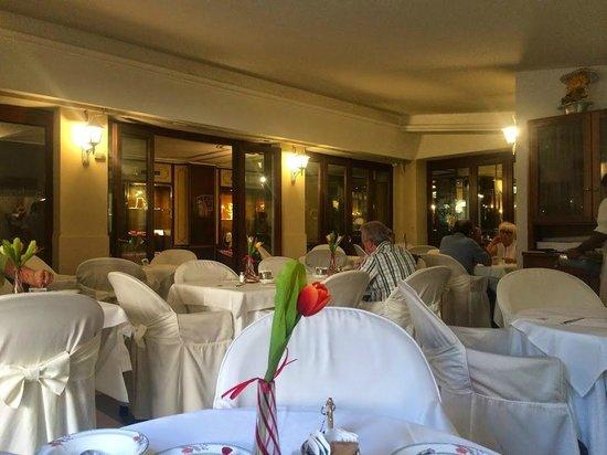 Amadeus Hotel: The breakfast hall