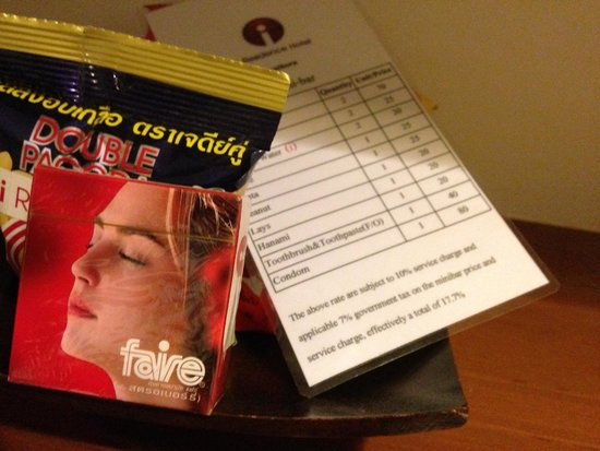 I Residence Hotel Sathorn : Condoms available from the mini bar