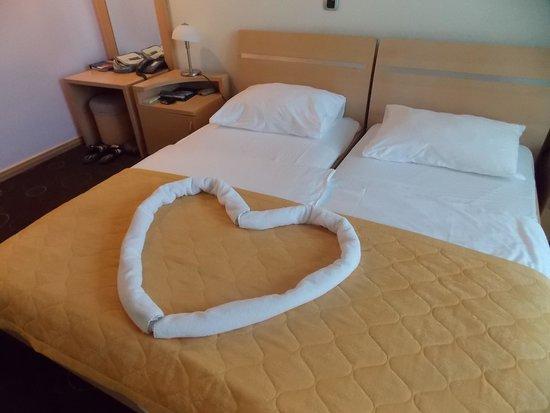 Hotel Montenegro Beach Resort : chambre avec attention particulière