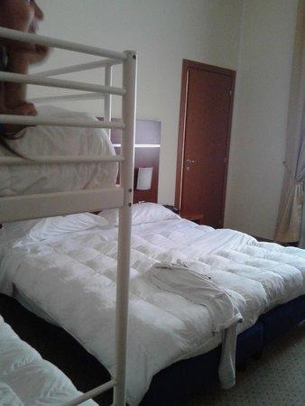 Hotel Domus Expo: camera 02 piano terra