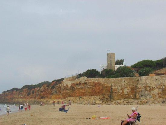 Playa de la Barrosa: Torre Bermeja, Junto a la Pista 1ª