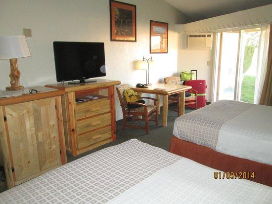 Best Western East Zion Thunderbird Lodge: tv écran plat