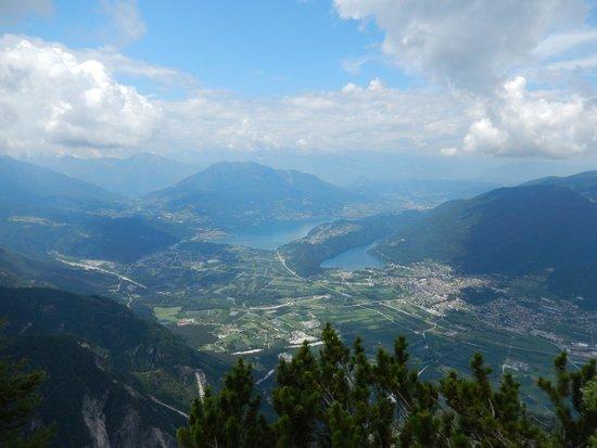 Hotel Da Remo: Meer van Caldonazzo en Levicomeer
