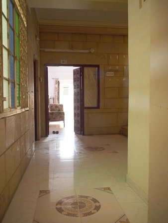 آريا هافيلي: Rooms 102 & 101