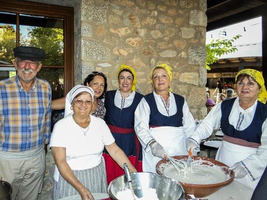ذا وستن ريزورت كوستا نافارينو: With locals - the women's assosication