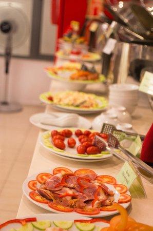 هانوي رومانس هوتل: breakfast