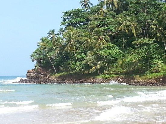 Talalla Retreat: Magical beach