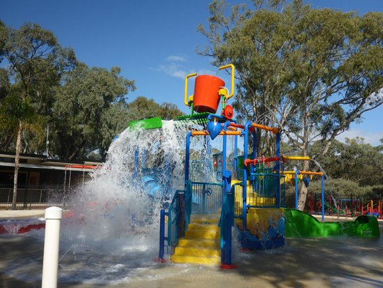 BIG4 Renmark Riverfront Holiday Park: Water Playground at Renmark