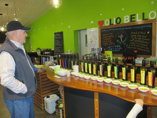 Olio Bello: Selection of oils for tasting