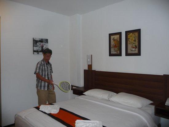 دليما هوتل آند فيلاز: Nice clean bed