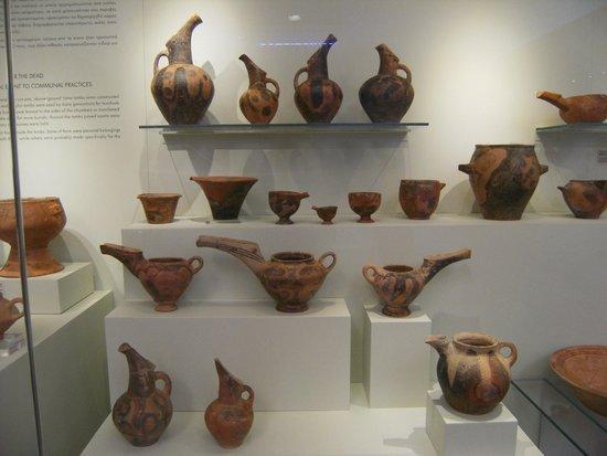 Heraklion Archaeological Museum: vasi utili