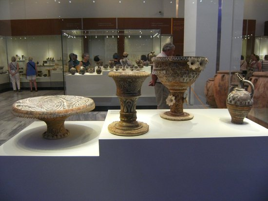 Heraklion Archaeological Museum: vasi