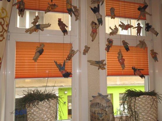 "Hotel Das Tyrol: Flying ""angels"" in breakfast room"