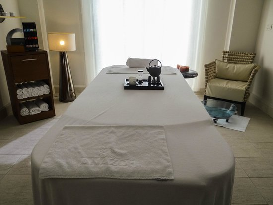 Anazoe Spa: A treatment room