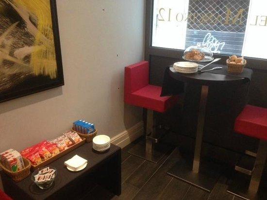 Hotel Mancino 12: Area colazioni......