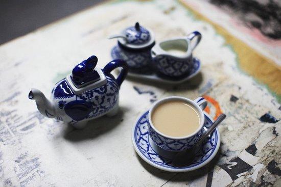 Shebeen: Pot of tea
